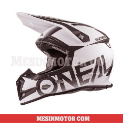 helm-motor-cross