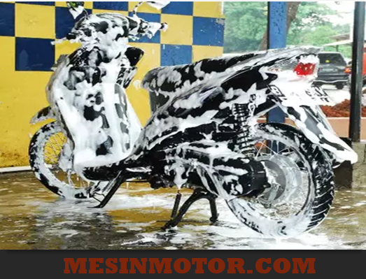Cara Mencuci Motor Matic
